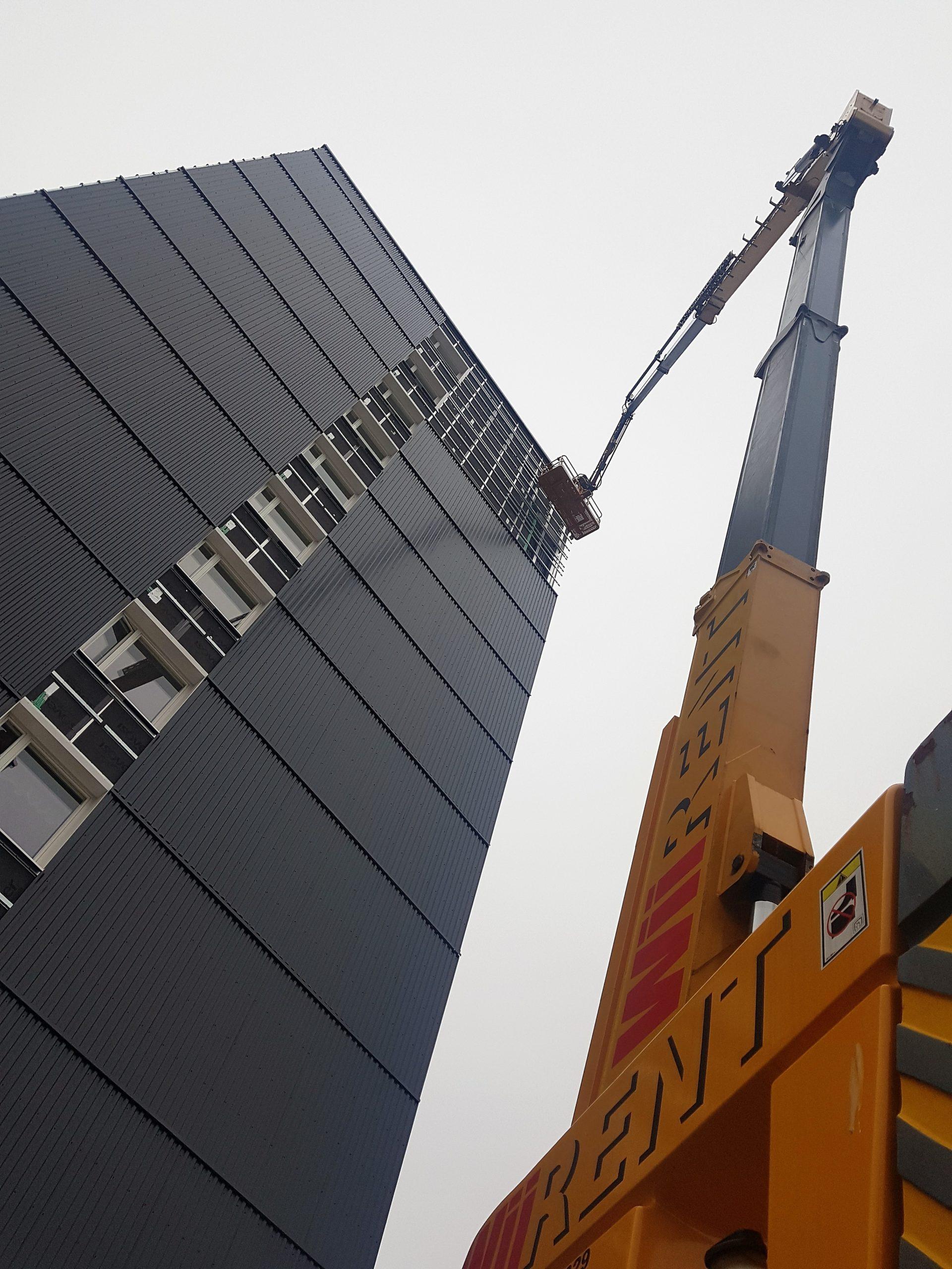 41m kuukulkija vuokrattuna työmaalle Porissa